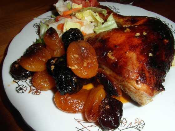 Kuře na meruňkách a švestkách