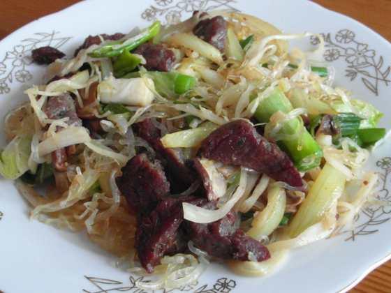 Druhý pohled na kelp nudlové chow mein