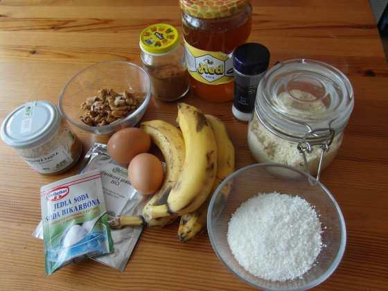 Ingredience na banánový chléb