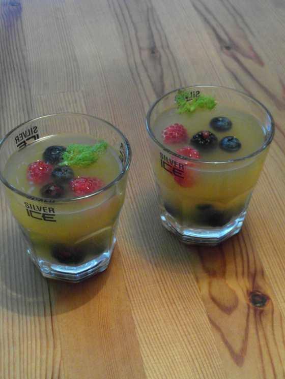 Fenyklová polévka s ovocem