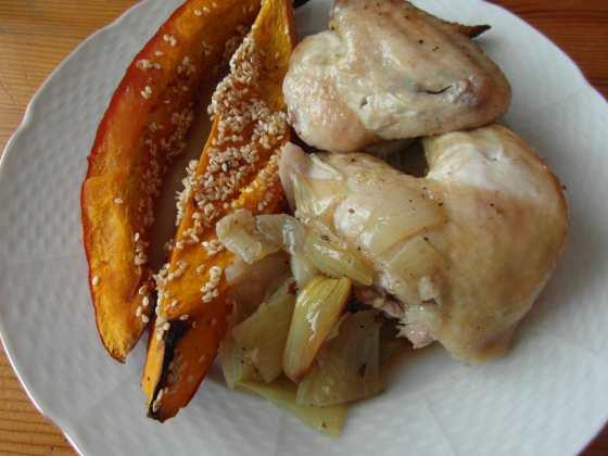 Pečené kuře a dýňové kousky
