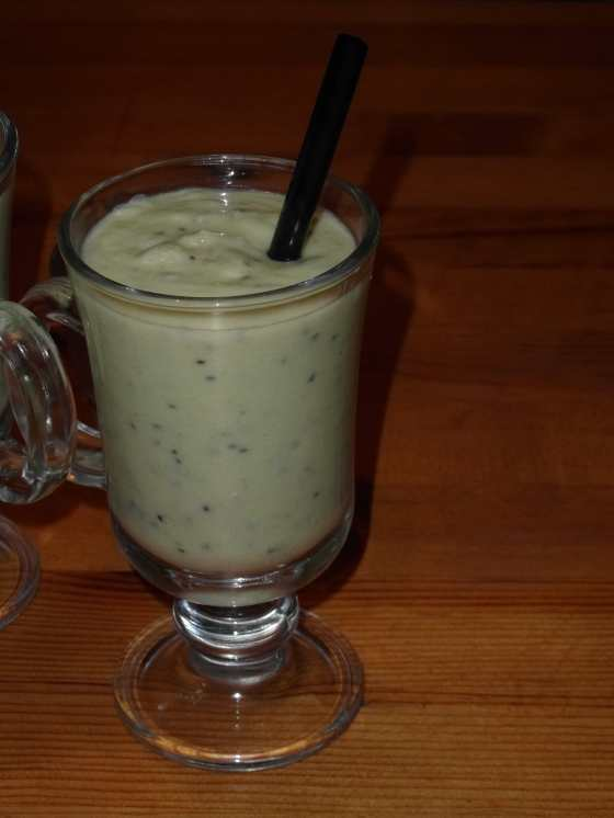 Kiwi jogurtový nápoj