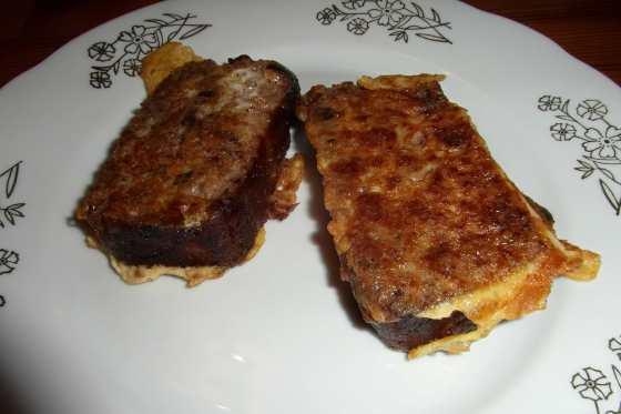 Cuketový chléb jako francouzský toast
