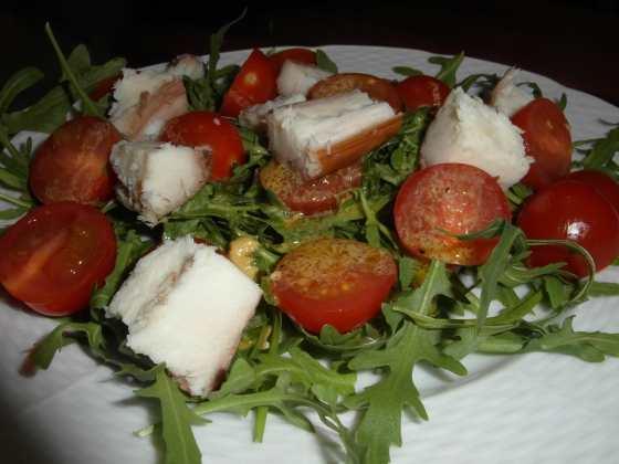 Salát s uzeným úhořem