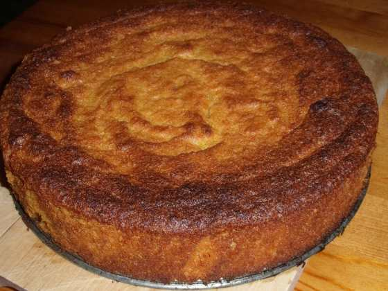 Hotový pomerančový koláč