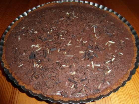 Hotový čokoládový koláč