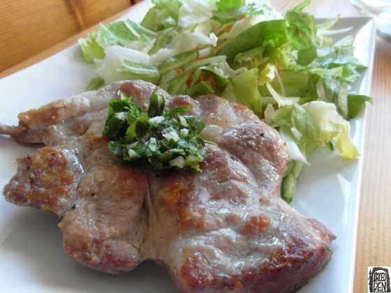 Gremolata na steaku z krkovice