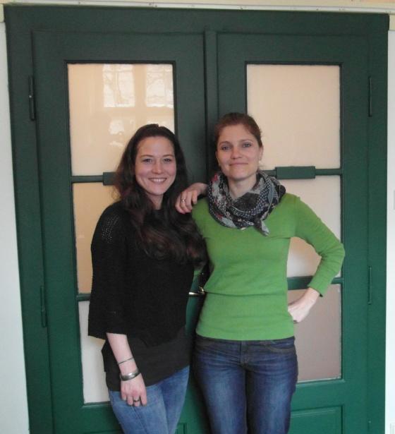 Dvě dámy, odbornice na zdravý životní styl a zdravou výživu, Vám rády v paleo klinice Paleo Spirit rády pomůžou